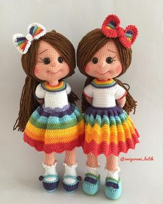 """If you have spent any time in the world of crochet then there's a good chance that you have heard the term """"amigurumi"""". Browsing through amigurumi crochet patterns, you might get a sense of what this niche of the craft is, but you may not know for su Crochet Dolls Free Patterns, Amigurumi Patterns, Sewing Patterns Free, Cute Crochet, Crochet Geek, Crochet Baby, Yarn Dolls, Knitted Dolls, Sewing Toys"""