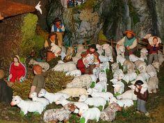 Les bergers furent les premiers à serendre sur les lieux et à se prosterner devant l'Enfant Jesus (Adoration des bergers)
