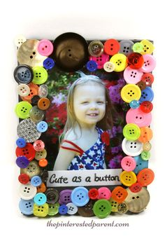 Diy cute as a button picture frame arts & crafts project and great gift idea that kids can make.