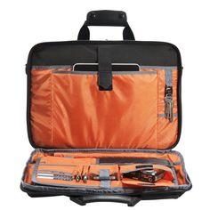가방 안감은 고대비 오렌지 색상으로 제작되어 어떤 상황에서도 물품를 쉽게 찾을수 있도록 도와줍니다