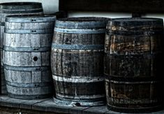What is single grain whisky? R&B Distillers explains what single grain & single malt whisky means. The history, meaning, flavours, and the production. Barris, Rain Barrel, Water Conservation, Bar Accessories, Kraut, Backyard Landscaping, Brewery, Canning, Wine Pairings