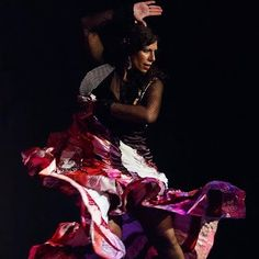 Adriana Maresma Fois. Amazing flamenco bailaora from Jerez de la Frontera. We have attended her workshops and seen her perform.