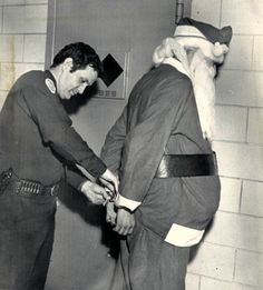 It's OK for Santa to sneak into houses on Xmas Eve, but it's just plain Home Invasion the rest of the year. Funny Christmas Photos, Vintage Christmas Photos, Christmas Jokes, Christmas Past, Vintage Photos, Christmas Albums, Christmas Countdown, Holiday Photos, Naughty Santa