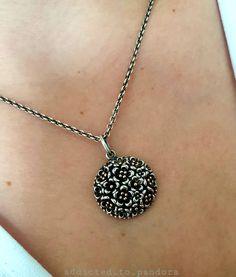 "Sylwia Buś on Instagram: ""Amazing necklace 🤩 amazing pendant 😍 #pandora #pandoralove #pandorapolska #pandorabeads #pandoragold #pandoratwotone #pandoratt…"" Pandora Necklace, Pandora Beads, Pandora Gold, Necklaces, Diamond, Pendant, Amazing, Silver, Instagram"