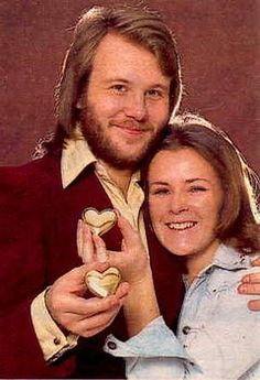 Benny Andersson and Frida. Stockholm, Abba Gold Greatest Hits, Frida Abba, Abba Mania, Glam And Glitter, Rock And Roll Bands, Popular Music, Celebs, Celebrities