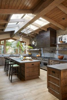 20 Beautiful Luxury Kitchen Design Ideas (Traditional, Dream and Modern Kitchen). - 20 Beautiful Luxury Kitchen Design Ideas (Traditional, Dream and Modern Kitchen) - Cozy Kitchen, Kitchen Remodel, Modern Kitchen, Kitchen, Kitchen Interior, Rustic Kitchen Design, House Interior, Luxury Kitchen Design, Luxury Kitchen