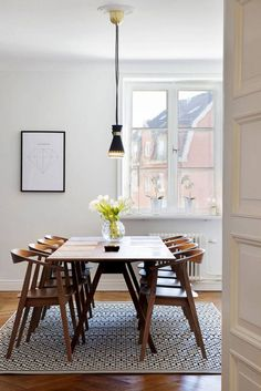 45 Best Modern Farmhouse Dining Room Decor - Page 5 of 49 Timber Dining Table, Retro Dining Table, Dining Set, Diy Kitchen Remodel, Kitchen Remodeling, Beautiful Dining Rooms, Dining Room Lighting, Home Interior, Interior Livingroom