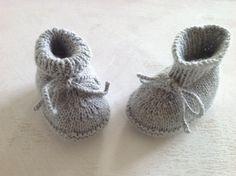 knitted baby booties /baby newborn booties /merino by DaLuforkids