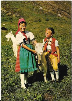 Appenzell Children in Swiss Folk Costume, Switzerland, Folk Costume, Costumes, Contemporary Decorative Art, Kids Around The World, Antique Coins, Nordic Christmas, Naive Art, Vintage Postcards, Traditional Dresses