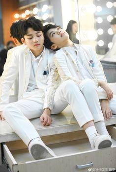 Cute Asian Babies, Asian Kids, Cute Korean Girl, Cute Babies, Cute Teenage Boys, Kids Boys, Cute Boys, Jikook, Couple With Baby