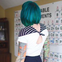 28 Ideas For Hair Highlights Teal Blue Green Turquoise Hair, Teal Hair, Bright Hair, Green Hair, Ombre Hair, Green Turquoise, Hair Inspo, Hair Inspiration, Hair Chalk