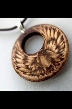 Pyrography bird necklace Pyrography bird necklaceSleeping Fox Pyrography Wood Pendant Necklacebrass and brown wood jewelry display racks – necklace and earringBoho gypsy beach oyster seashell with turquoise pendant necklace, beachy jewelry… Wood Burning Crafts, Wood Burning Patterns, Wood Burning Art, Wood Crafts, Wood Jewelry Display, Wooden Jewelry, Easy Crafts To Sell, Pyrography Patterns, Reclaimed Wood Art