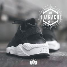 buy popular 45de2 58ba9  nike  nikeair  huarache  huaracheblack  sneakerbaas  baasbovenbaas Nike  Wmns Air Huarache