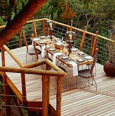 Tsala Treetop Lodge, Vacation in a treehouse Best Vacation Spots, Vacation Places, Best Vacations, South African Homes, African Holidays, Woodland House, Cool Tree Houses, Unusual Homes, Play Houses
