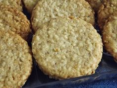 Krispie Treats, Rice Krispies, Muffin, Cookies, Breakfast, Desserts, Recipes, Food, Crack Crackers