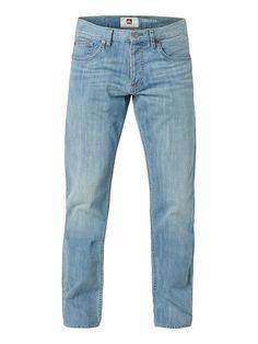 Sequel Surf Blue 34 - QUIKSILVER Denim-Hose mit 5 Taschen für Männer Diese Quiksilver Denim-Hose für Herren aus Baumwolle in einer Regular-Fit-Passform ist die perfekte Ergänzung zur Bekleidungskollektion für den Winter 2014. Außerdem präsentiert sie sich in einem 347 g mittelschweren Denim-Stoff in hellblauer Farbe mit einem gebürsteten Effekt an Oberschenkeln und Gesäß.   Merkmale: Denim-Hose...