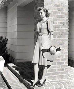 vintage everyday: Women Fashion 70 Years Ago – Dresses That Girls ...