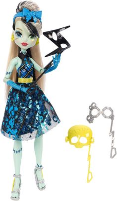 Amazon.com: Monster High Dance The Fright Away Transforming Frankie Stein Doll: Toys & Games