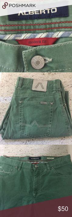 💐SALE💐EUC ALBERTO Twill Pants W34XL34 Mens $185 EUC ALBERTO Modern Fit Vintage Fadeout Twill Pants in Green W 34X L 34 Mens $185 Alberto Pants