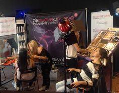 Denueveanueve Peluquerías montó un gran stand en esta gran feria de la imagen integral. Se disfrutó de la experiencia de vivir un casting desde dentro, y nuestros estilistas maquillaron y peinaron a quienes se acercaron a visitarnos.