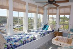 30 Amazing Sunroom Ideas You'll Fall In Love With
