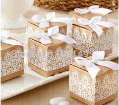 Pas cher 50 pcs rustique et dentelle Kraft Favor Box Kraft papier Candy Box rustique maîtresses de Mariage décoration…