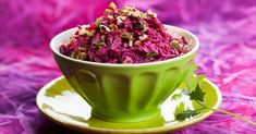 Beet salad with prunes, walnuts and garlic Easy Delicious Recipes, Tasty, Healthy Recipes, Easy Recipes, V Video, Good Food, Yummy Food, Beet Salad, Coat Of Many Colors