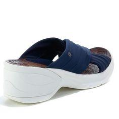 Bzees Knockout X-Band Slide Sandal - White