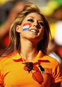 Go Holland! World cup 2014 Hot Football Fans, Football Girls, Soccer Fans, Soccer World, Football Soccer, Steven Gerrard, World Cup 2014, Fifa World Cup, Holland Girl