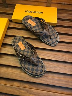 This is the latest style of ! Shoes Flats Sandals, Shoes Sandals, Lv Men Shoes, Women's Mules, Louis Vuitton Shoes, Designer Sandals, Flip Flop Shoes, Outfit Of The Day, Women Wear