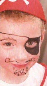 Jongen verkleed als piraat Pirate Birthday, My Little Baby, One Year Old, Halloween Face Makeup, Birthday Parties, Kids, Mardi Gras, Birthday, Birthday Celebrations