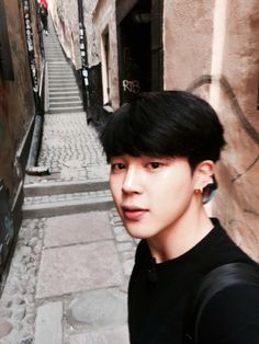 Jimin - I've only taken one selfie in my life.. I've never liked them until recently..  I've seen so many stunning selcas of idols and actors.. just shots of them being themselves.. somehow, they're always incredibly beautiful..
