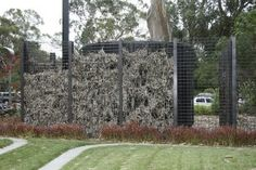 Gabion design ideas | GardenDrum De Young Museum Rainwater tank screen (photo Katherine Longhurst)