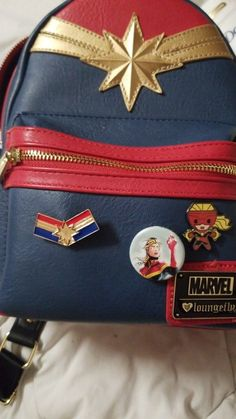Captain marvel bag Source by ennerocklove Marvel Avengers, Marvel Fan, Casual Cosplay, Top Superheroes, Marvel Backpack, Marvel Clothes, Marvel Shoes, Cute Mini Backpacks, Marvel Cinematic