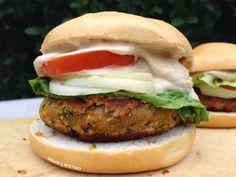 Vegan Μπέργκερ με Σως Ταχινιού | Vegan & Νόστιμο