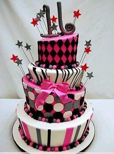Tortas y pasteles para 15 años modernos