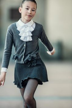 Aletta back to school 2015 grey pleated skirt with sweater