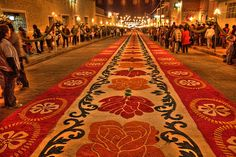 Alfombras en Huamantla Tlaxcala HDR by renelc, via Flickr
