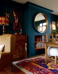Interior Living Room Design Trends for 2019 - Interior Design Living Tv, Teal Living Rooms, My Living Room, Living Room Designs, Living Room Decor, Living Spaces, Living Room Wall Colours, Dark Green Living Room, Blue Bedrooms