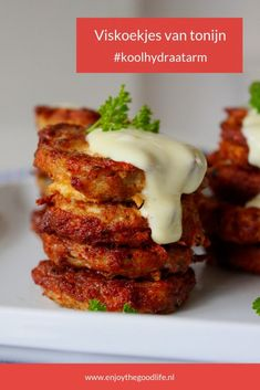 The Good Life - Tuna fish cookies low carbohydrate – ENJOY! The Good Life - Low Carb Burger, Low Carb Recipes, Cooking Recipes, Healthy Recipes, Healthy Food, Healthy Diners, Tuna Fish Cakes, Weight Watchers Meals, Good Food
