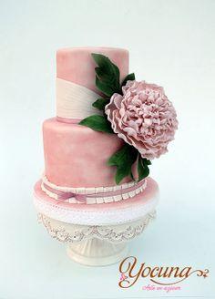 Tarta con Peonía - Cake with peony - by Yocuna @ CakesDecor.com - cake decorating website