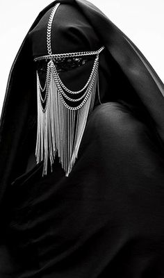 BURKA / BURKA / Armin Morbach // The adornments don't make the burqa any more friendly or freeing. Body Chains, Head Chains, Foto Fashion, Dark Fashion, Luxury Fashion, Inspiration Mode, Headdress, Chain Headpiece, Headpiece Jewelry