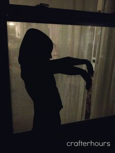 Sillouette of your own kid... creeping! crafterhours: Warning: Super Creepy Halloween Decor
