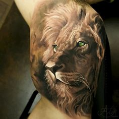 This Artists Hyper Realistic Tattoos Have a Surreal 3D Depth to Them | Blaze Press