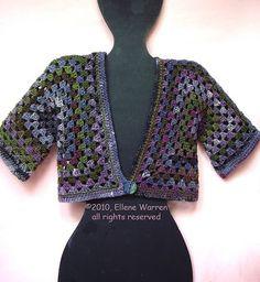 Granny cardigan / Vest van twee granny squares , a photo by evstra  on Flickr.  Op de website van Yart Artist (Ellene Warren)  kwam ik di...