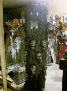 I decided more than four years ago that I was going to have an animated tree in my haunted house, but for a while, I couldn't figure out how I was going to get it to...