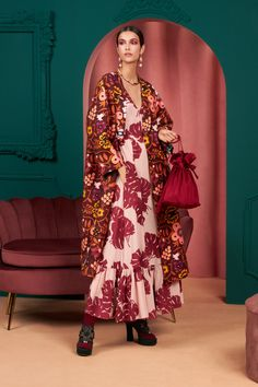 Fashion 2020, Fashion News, Boho Fashion, Autumn Fashion, Womens Fashion, Fashion Hub, Winter Trends, Latest Outfits, Fashion Show Collection