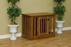 Pet owner who want to minimize their pet furniture will love this beautiful heirloom quality wooden dog crate which can double as an entertainment center. Made from solid oak using old world Amish craftmanship, this wood dog crate is a true work of art.