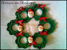 Diy Christmas Angel Ornaments, Crochet Christmas Wreath, Crochet Wreath, Crochet Christmas Decorations, Xmas Tree Decorations, Christmas Crochet Patterns, Holiday Crochet, Christmas Knitting, Christmas Angels