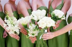 Wedding, Flowers, White, Green, Bridesmaids, Bouquets, Dahl wedding company